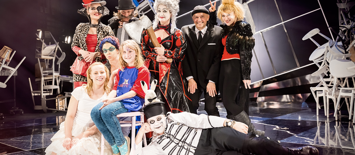 Alicja w Krainie Dziwów - Fotografia dziecięca w Teatrze Norwida w Jeleniej Górze