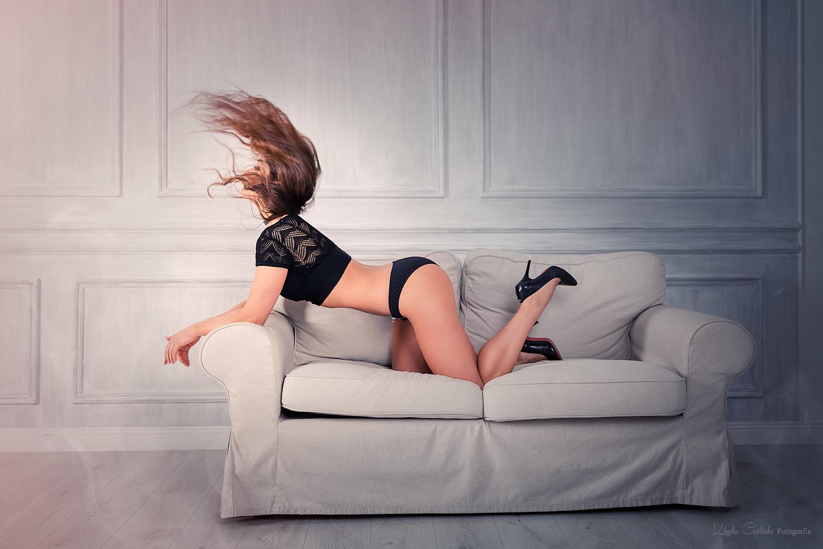 Zdjęcia kobiet w Big Studio we Wrocławiu. Fotografia kobieca, sensualna, zdjęcia boudoir - sesja zdjęcia kobiece Wrocław.